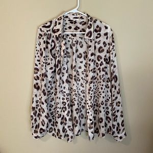 Sheer leopard top from Maurices, size xl